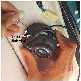 Camera hành trình R8000
