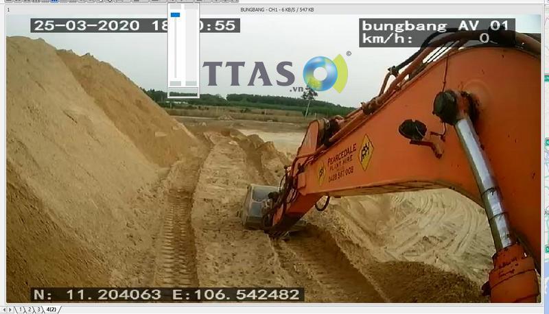 Camera giám sát xe xúc, camera giám sát xe công trình, camera hành trình xe máy xúc